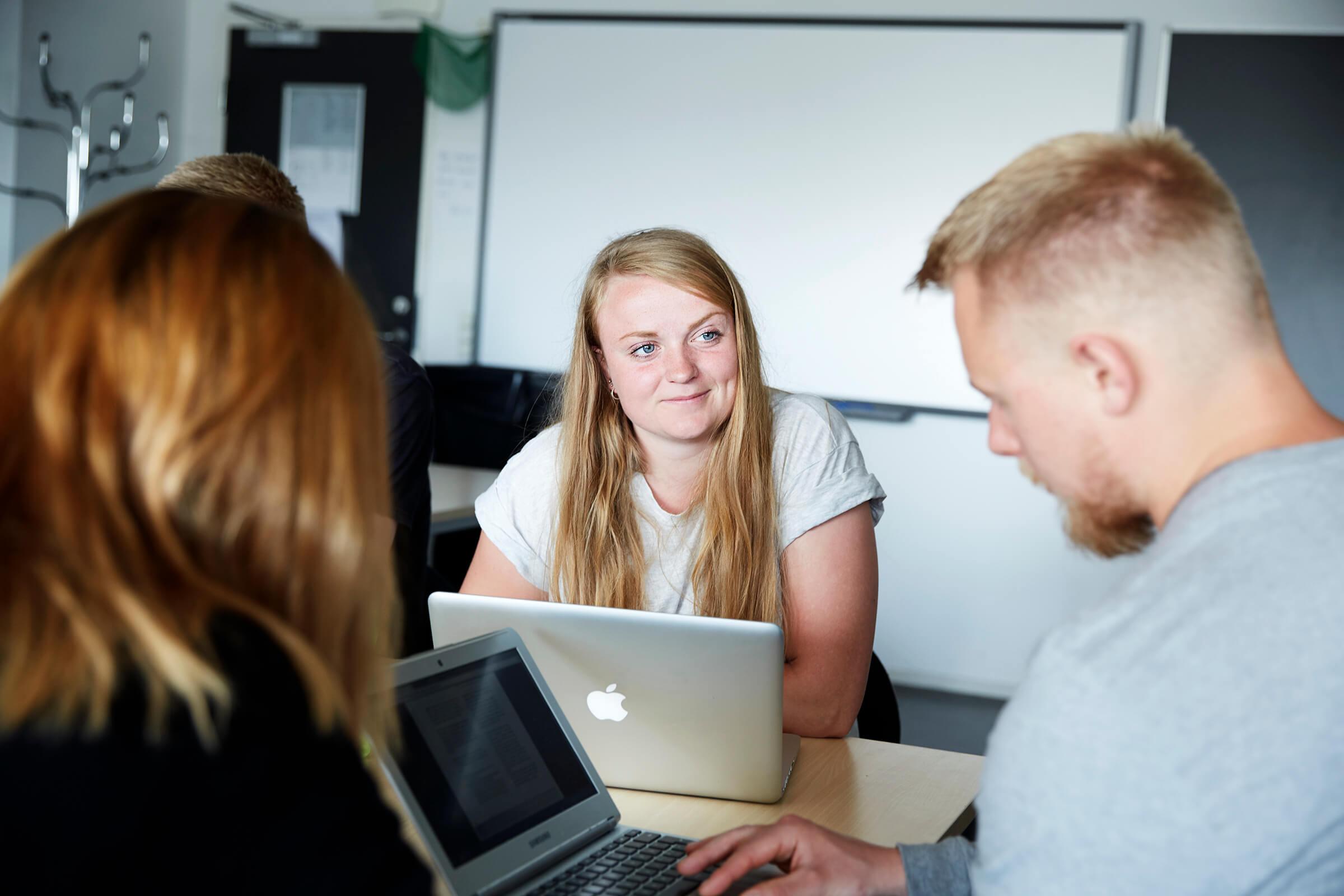 Studerende i undervisninglokale