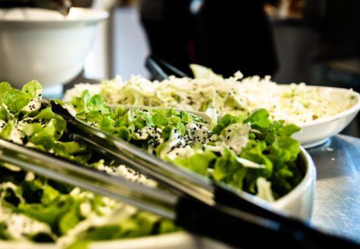 Et nærbillede af kantinemad på Campus Nordsjælland