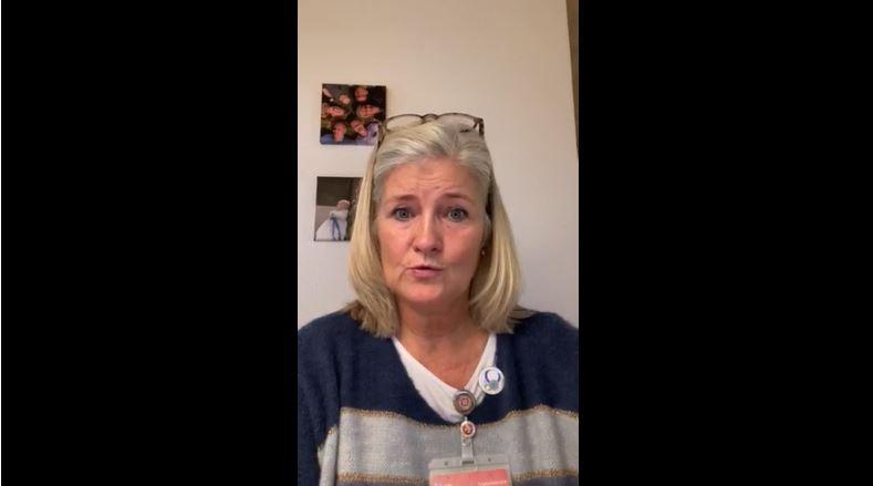 Yvonne fortæller om at arbejdet og uddannelsen som ungeambassadør